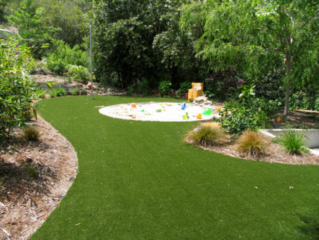 5 Stunning Design Ideas Using the Best Artificial Grass in San Diego CA