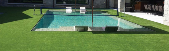 ▷Perfect Pool Area With High-Quality Synthetic Grass in San Diego