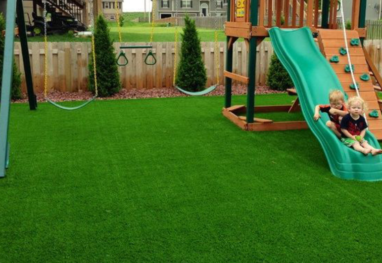 How Synthetic Grass In San Diego Makes Backyard Playgrounds Safer?